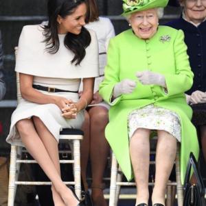 Меган Маркл и принц Гарри трогательно поздравили королеву.
