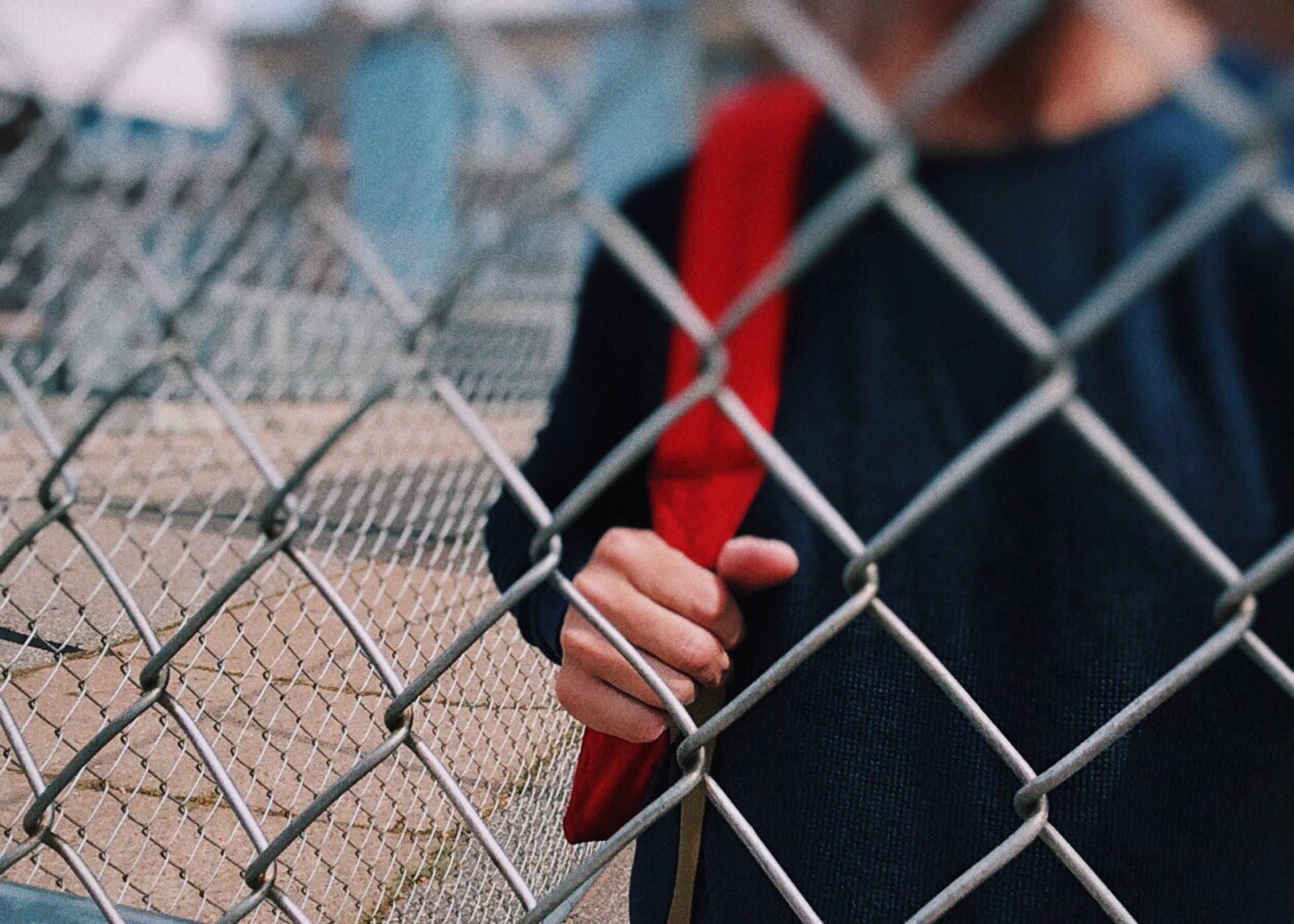 Сниффинг — смертельно опасная зависимость у детей.