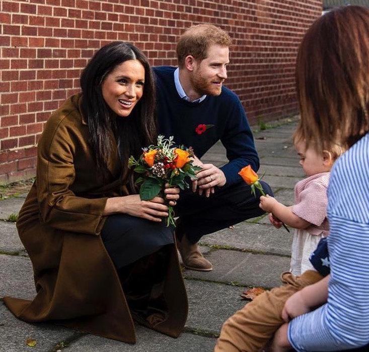 Букингемский дворец подтвердил дату Megxit, Меган Маркл и принц Гарри закрывают офис.