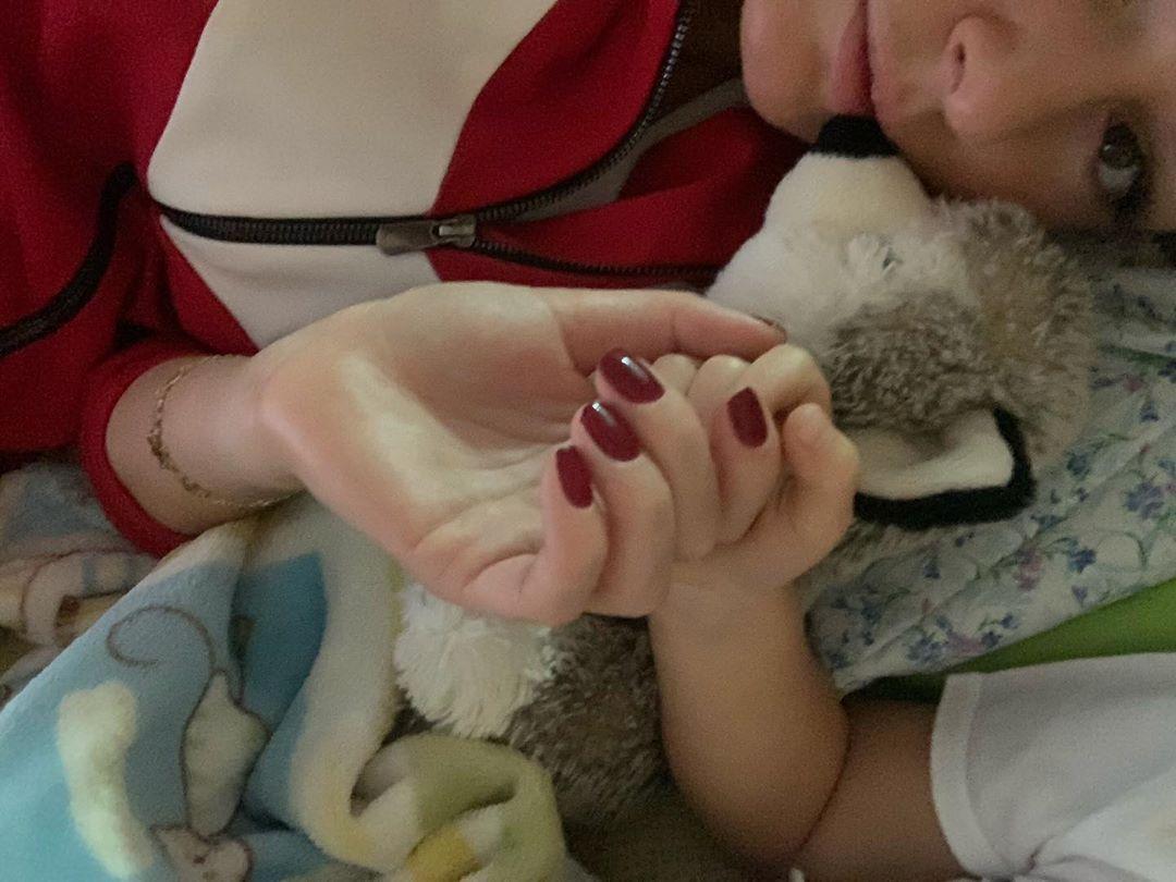 Мария Кожевникова попала с сыном в больницу и поделилась страхом из детства.